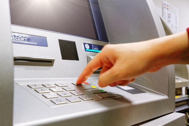 クレジットカードキャッシングの使い方は?キャッシング枠の使い方