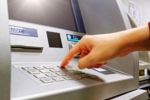 総量規制とは?クレジットカードショッピング枠は総量規制の対象?