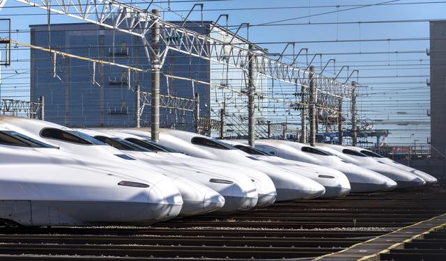 車内販売はクレジットカード使える?新幹線や特急列車で電子マネーの支払いは?