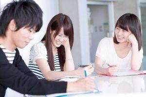 三井住友カード デビュープラスは18歳~19歳の未成年者でも審査に通る?
